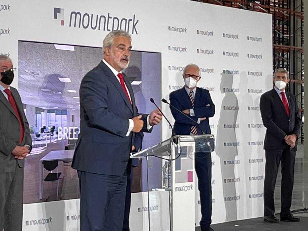 Fernando Carreras en la inauguración nave Illescas